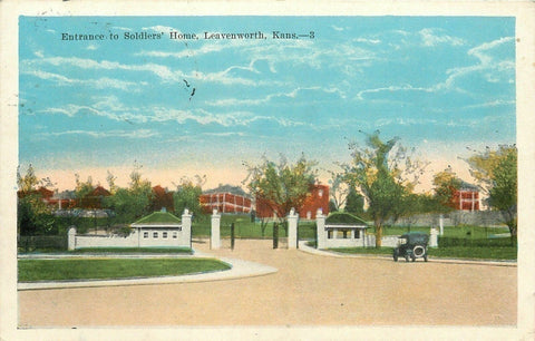 Leavenworth Kansas~Model Car @ Gated Entrance to the Soldiers Home~1922 Postcard