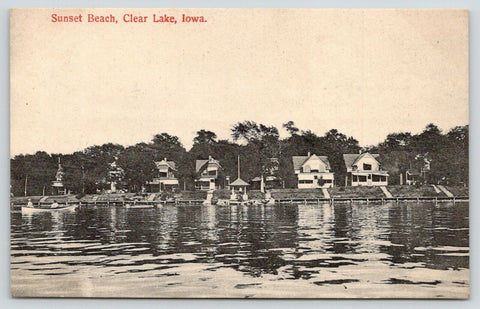 Clear Lake IA Dozen Bungalows Along the Shore of Sunset Beach~c1910 Postcard PC