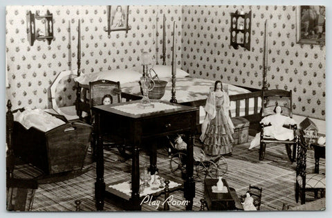 Madison Indiana~James FD Lanier House~Play Room China Dolls~4 Poster~1940s RPPC