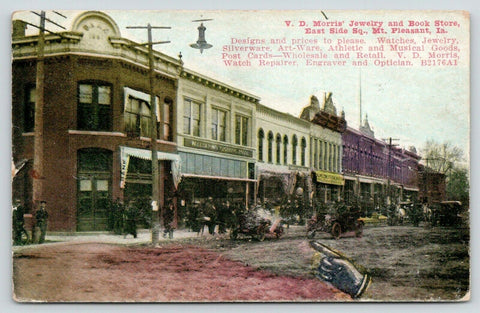 Mt Pleasant IA~East Side Sq~VD Morris Jewelry~Book Store~Clothing House~1910 Adv