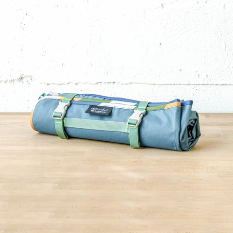 Meadow Mat Large Waterproof Blanket (Bodega Blue)