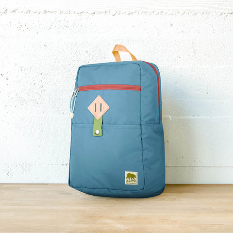 Woodchuck Pack (Bolinas Blue)