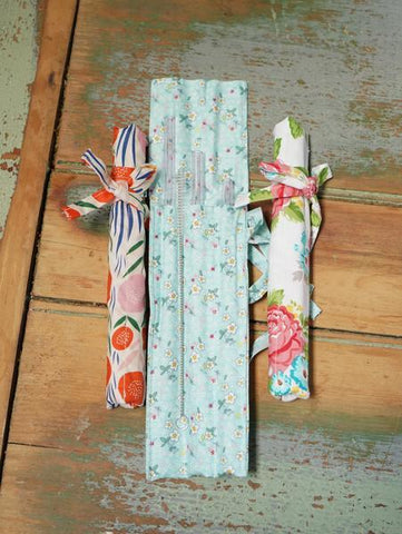 Glass straws rose set of 3 in fabric bag