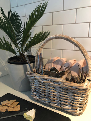 Basket bottle/cutlery holder