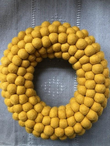 Xmas wreath wool felt