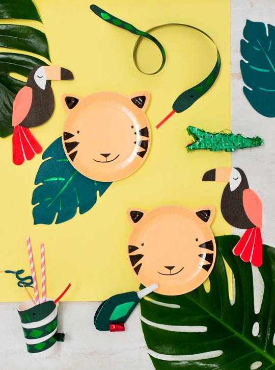 jungle party decorations, tiger plates