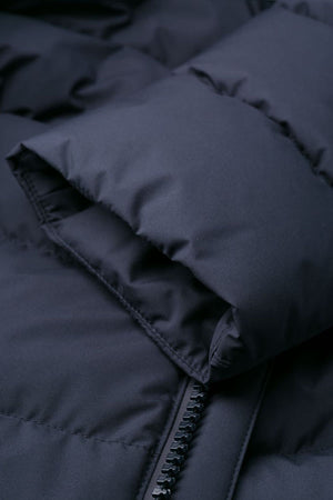 Manteau bleu marine mi-long