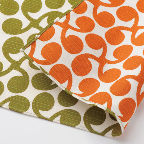 "Furoshiki ""104 Isa pattern reversible Furoshiki Shinme Green/Orange"" - JapaneseGoods.jp"