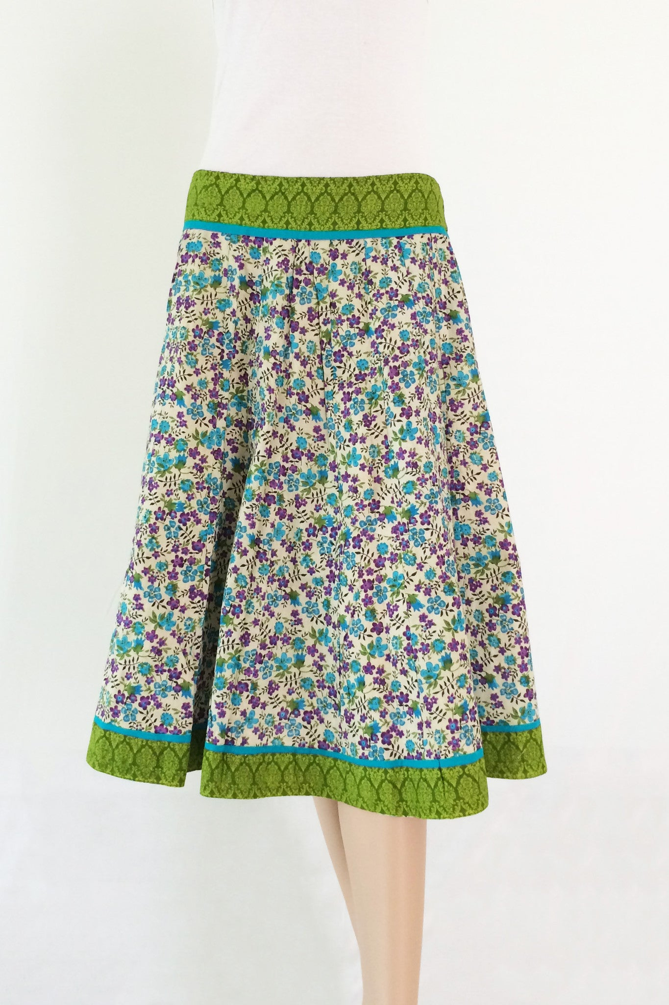 Printed cotton floral below knee skirt