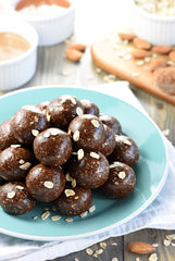 Chocolate-Almond Energy balls