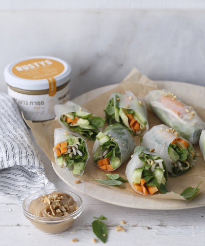 Chicken Rice Paper Rolls with Peanut Sauce