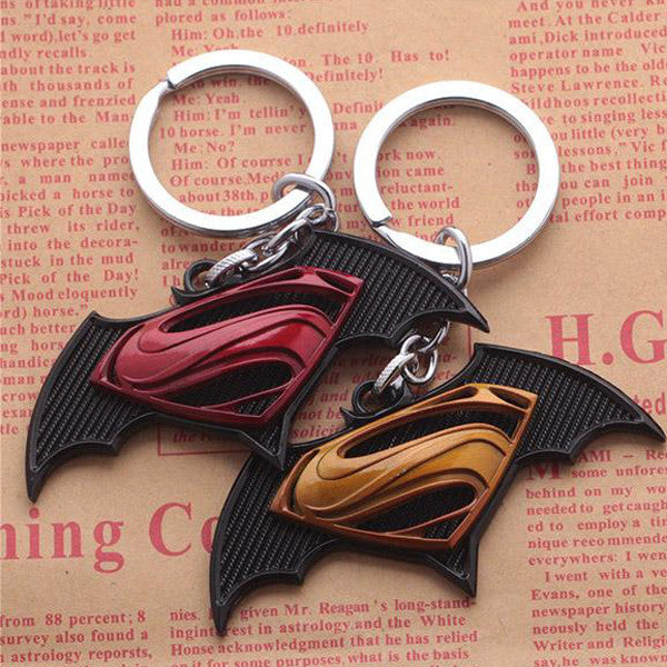 Superman vs Batman key chain