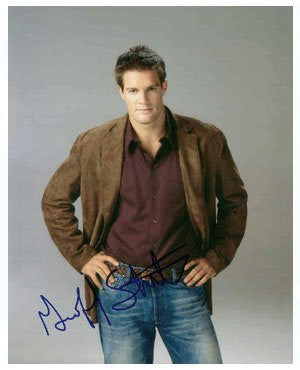 Geoff Stults Autographed Photo