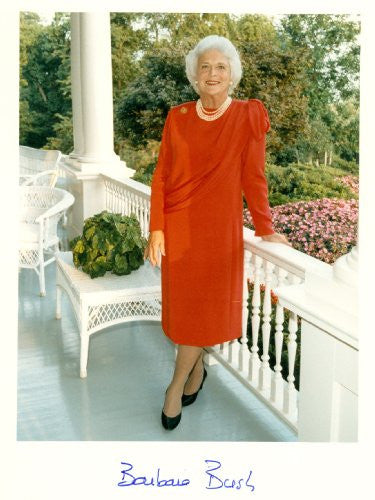 Barbara Bush First Lady Autographed 8x10 Photo UACC Signed