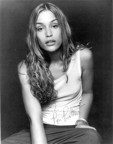 Piper Perabo Autographed Photo