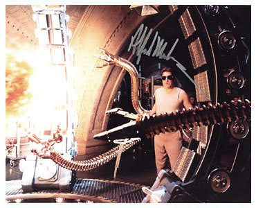 Alfred Molina: Spider-Man 2 8x10 Autographed Photo UACC Dealer