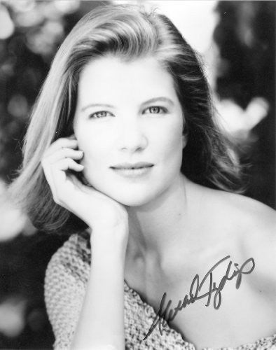 Alexandra Tydings Autographed 8x10 Photo Signed UACC