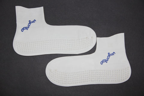 27-30 Swimming socks/ Chaussons de Bain