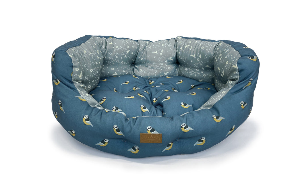 FatFace Flying Birds Deluxe Slumber Dog Bed