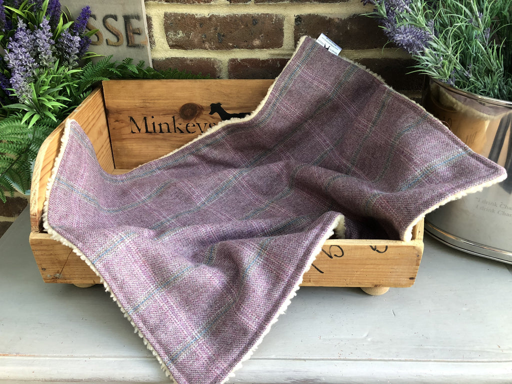 Minkeys Tweed Luxury Pet Blanket in Rose Pink Sasha