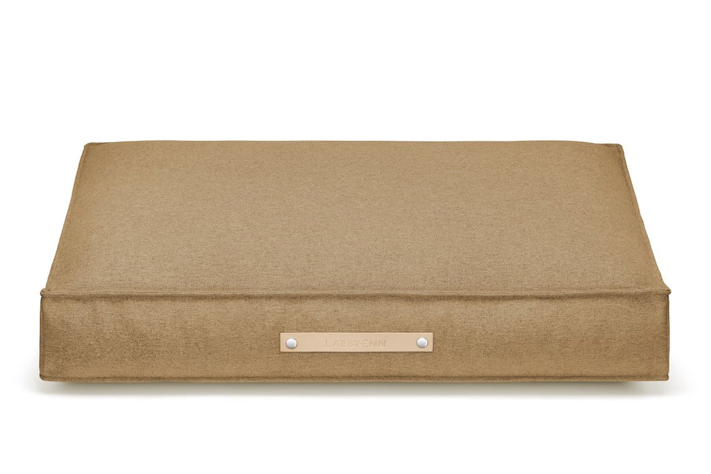 Labbvenn MOVIK Cushion Dog Bed in Biscuit