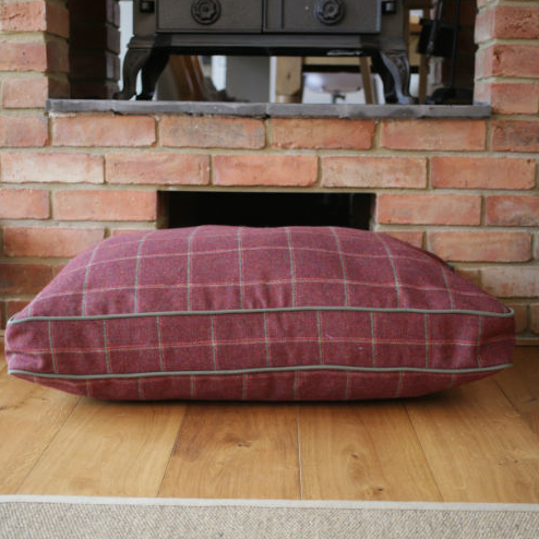 Hunt & Wilson Luxury Dog Bed Corduroy in Claret Tweed - PurrfectlyYappy