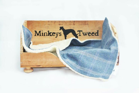 Minkeys Tweed Luxury Pet Blanket in Polo