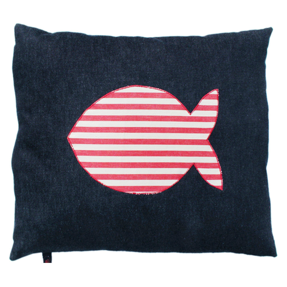 Creature Clothes Cat Nappa Cat Bed with Striped Fish Applique - PurrfectlyYappy