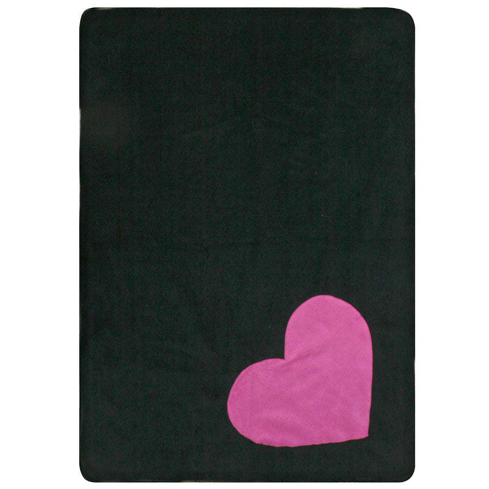 Creature Clothes Fleecy Pink Heart Cat Blanket in Black - PurrfectlyYappy