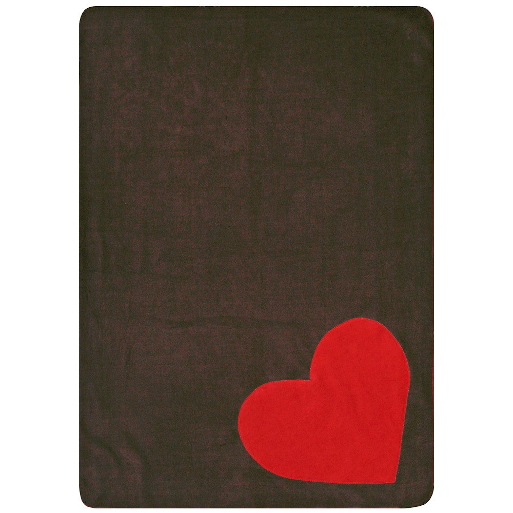 Creature Clothes Fleecy Red Heart Cat Blanket in Brown