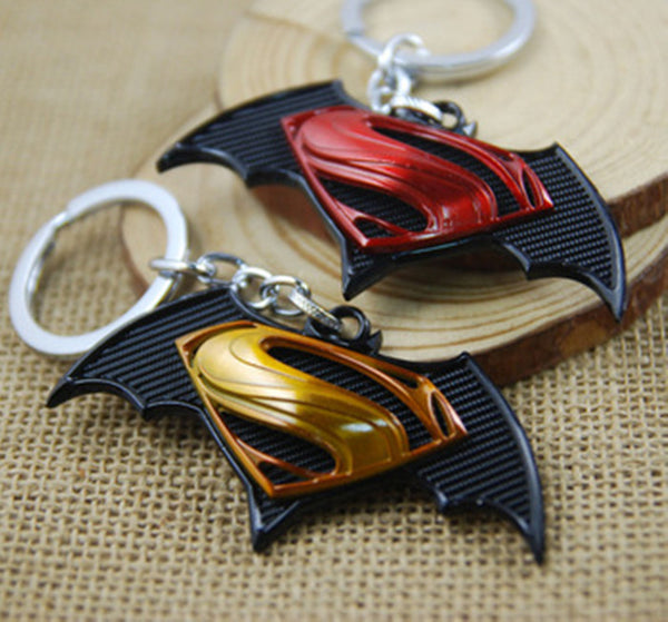 Superman Vs. Batman Keychain - Superheroes key holder for cars