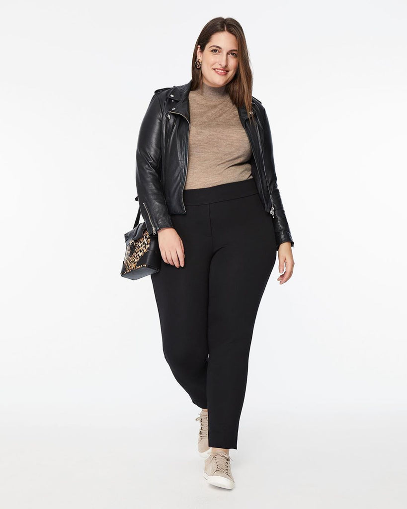 How to choose your plus size pants for work?