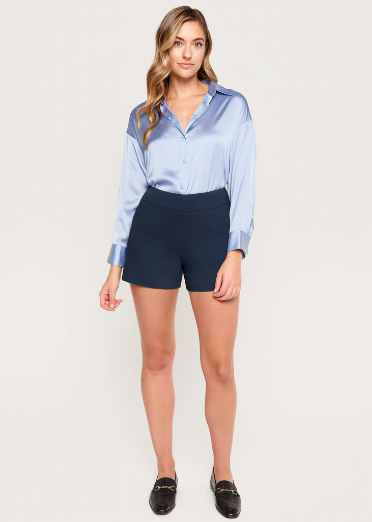 Lily Navy short