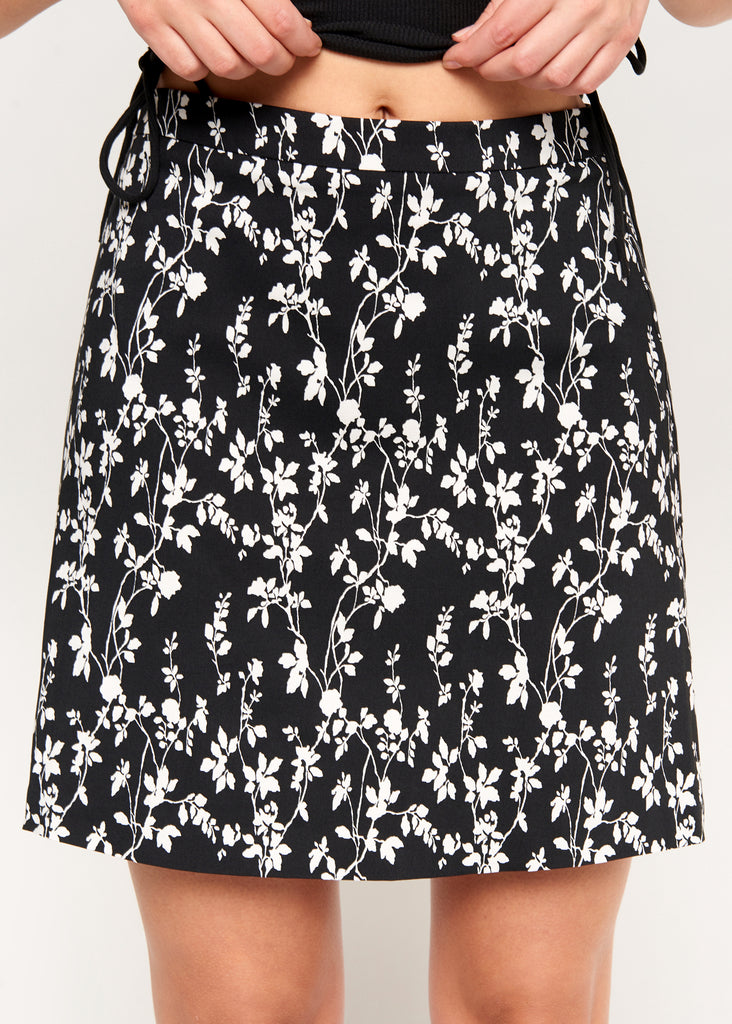 Emily Black/White Flower Skirt