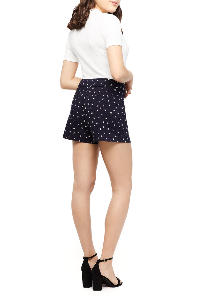Lily Ditsy Flower Short