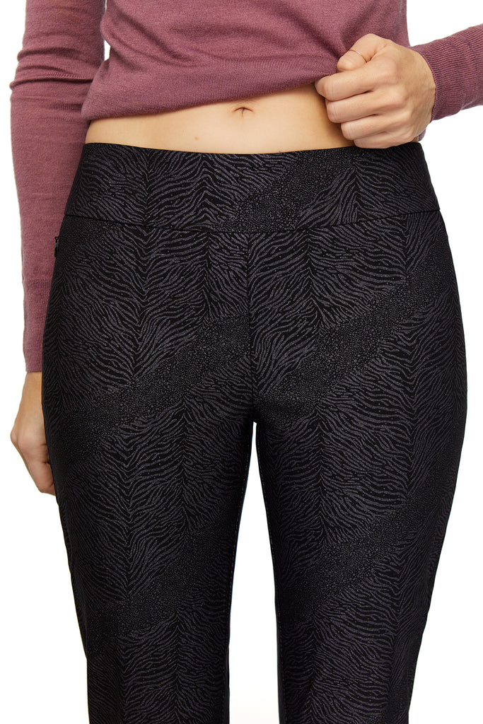 Catherine Zebra Shine Slimming Pant