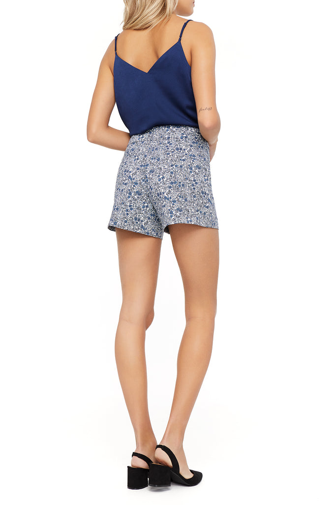 Lily Mini Flower Short