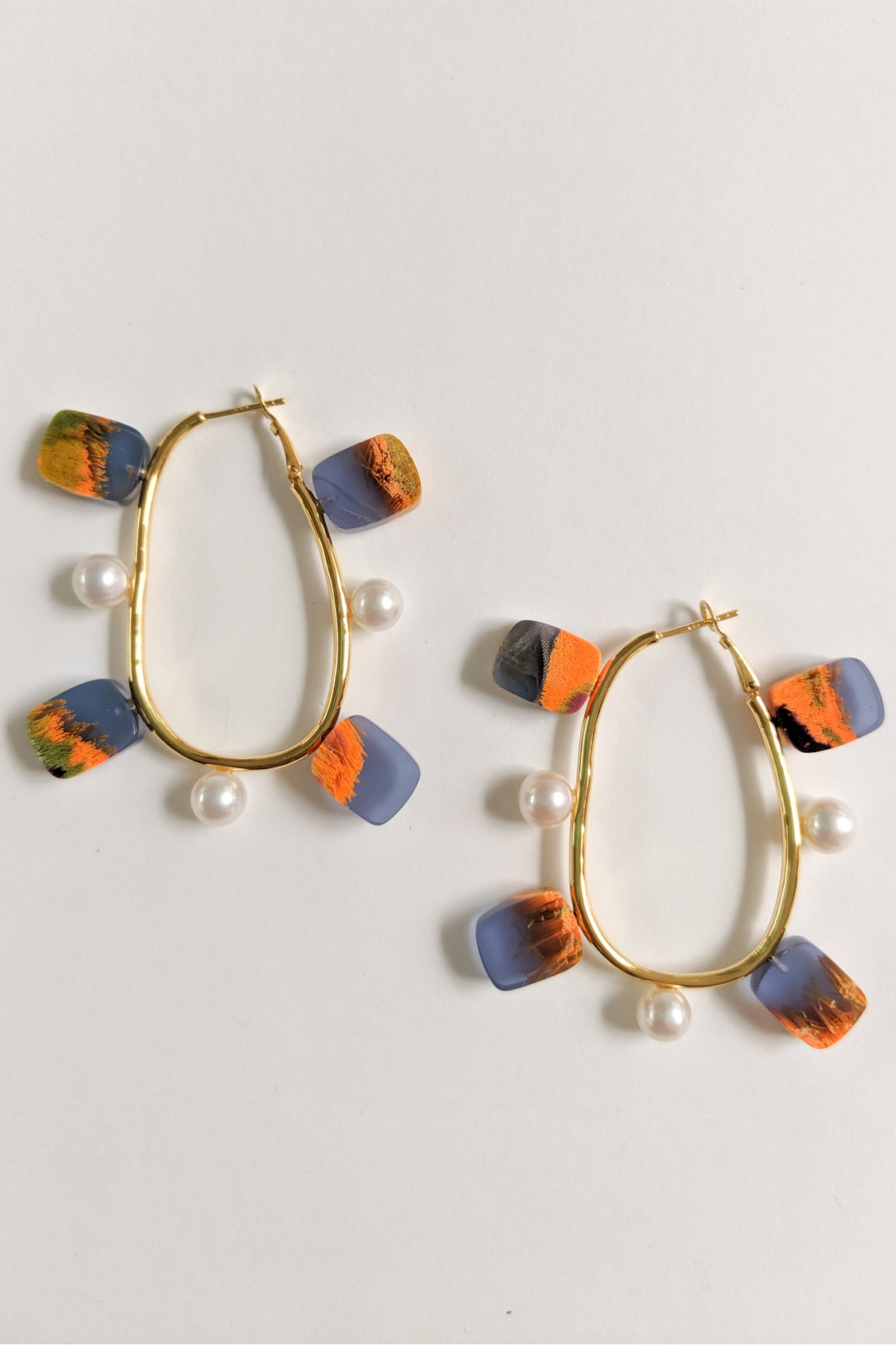 Quentin Hoop Earrings Dungeness & Pearl
