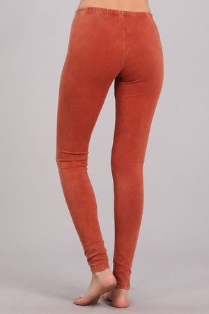 Mineral Wash Leggings in Rust