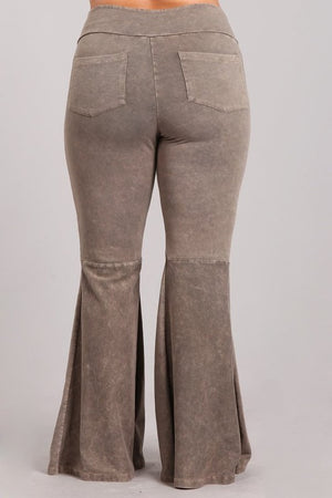 Mineral Wash Bell Bottom Pants with Pockets in Stone