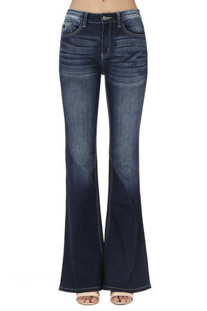 Bootcut Jean in Dark Wash