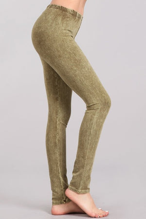 Mineral Wash Leggings in Pale Olive