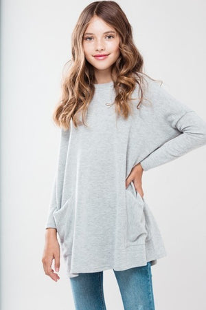 Tunic Top with Front Pockets in Grey