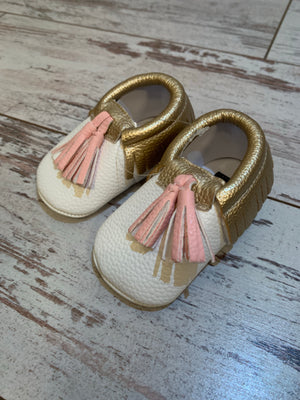 Slip On Moccasin with Pink Tassels