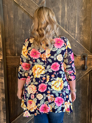 Floral Sharkbite Hem Tunic Top