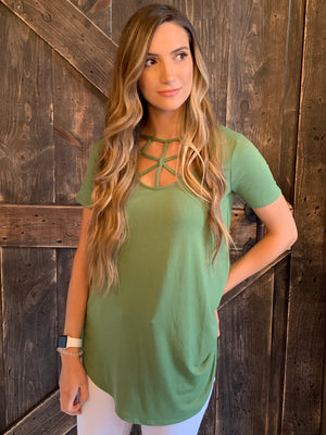 Short Sleeve Caged Neck Top in Green