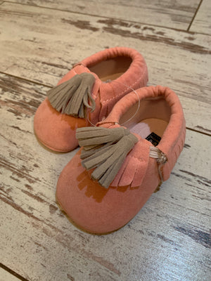 Slip On Moccasin with Tassels in Pink
