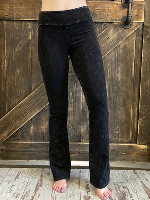 Mineral Wash Bootcut Pants with Pockets in Black