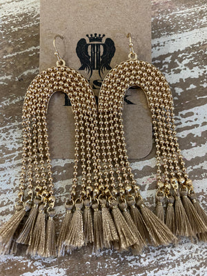 Beaded Arch Earrings in Taupe