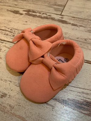 Slip On Moccasin with Bow in Light Pink